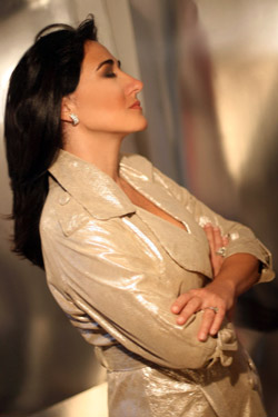 Desiree Halac will be singing at the Instituto